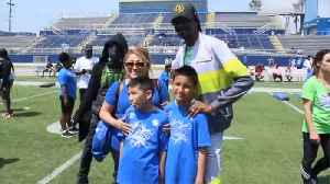 Snoop Dogg launches fundraiser for special needs youth football division [Video]