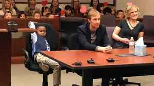 News video: Young Boy Invites Entire Kindergarten Class To His Adoption Hearing