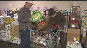 Accidental Food Bank Feeds Thousands On North Shore [Video]