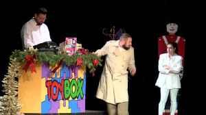 Christmas Kid Toybox [Video]