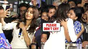 Female Fan Cries Meeting Janhvi Kapoor, Gets Mobbed By Fans At Mall [Video]