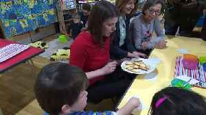 Jo Swinson visits playgroup in Hampshire [Video]