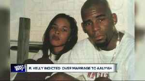 Singer R. Kelly facing new bribery charges that appear to be related to his 1994 marriage to R&B singer Aaliyah [Video]