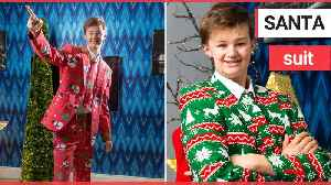 """A sixth-form pupil is devastated after his Christmas suits were BANNED by """"Grinch"""" teachers [Video]"""