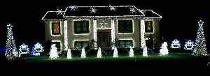 Home's light show set to 'Christmas Vacation' [Video]