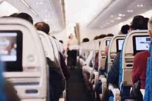 Traveling Tips From Veteran Flight Attendants [Video]