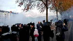 Tear gas fills air above protest in western French city of Nantes [Video]