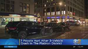 7 People Hurt After 3-Vehicle Crash In The Flatiron District