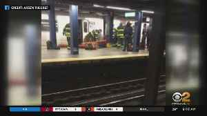 NYPD: Intoxicated Women Fell Onto Subway Tracks, One Killed [Video]