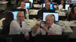 Boris Johnson gets on the phone to make a final push for votes [Video]
