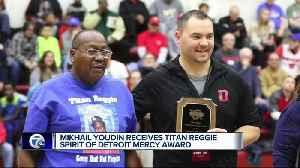 Detroit Mercy presents Titan Reggie Spirit Award to Mikhail Youdin [Video]