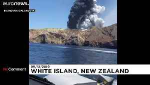 Tourists film New Zealand volcano eruption from nearby boat [Video]