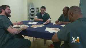 Inmates Make Christmas Cards To Fight Holiday Depression [Video]