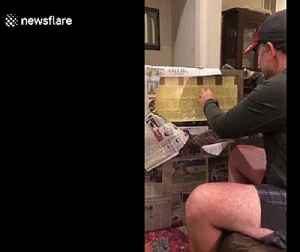 US step-dad has emotional reaction when daughter frames all the inspirational handwritten notes he gave her during middle school [Video]