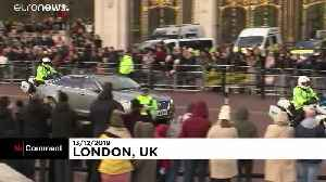 A hero's welcome for Boris at No.10 [Video]