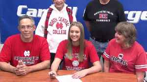 Trio of Chargers Sign for College [Video]