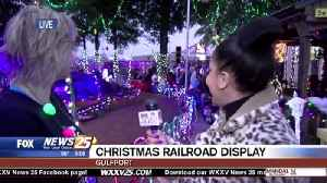 Christmas Display at the Railroad Museum [Video]