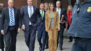 Lori Loughlin Accuses Federal Prosecutors Of Withholding Evidence [Video]
