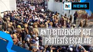 Citizenship Act: Students from DU, TISS & other colleges join protest [Video]