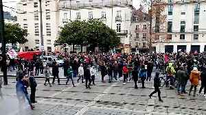 Strikes paralyse France for 13th consecutive day [Video]