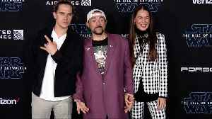 "Jason Mewes, Kevin Smith ""Star Wars: The Rise of Skywalker"" World Premiere Blue Carpet [Video]"