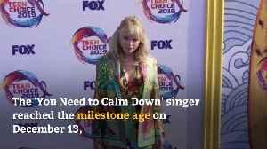 Taylor Swift enjoys birthday surprise [Video]