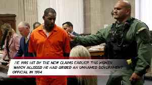 R Kelly pleads not guilty to bribery [Video]