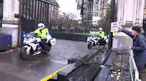 Boris Johnson departs Houses of Parliament [Video]