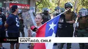 Protesters clash with Chile's police in Santiago [Video]