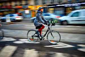 Parisians turn to bikes amid third week of transport strikes [Video]