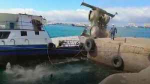 News video: Vessel carrying 600 gallons of diesel sinks in the Galapagos Islands