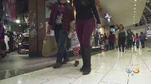 Last-Minute Holiday Shoppers Spent An Estimated $34 Billion On Gifts Over Weekend [Video]