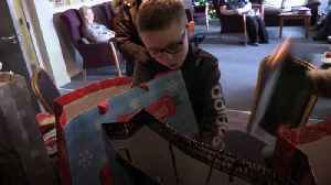 Eight-year-old boy spends pocket money on gifts for the elderly [Video]