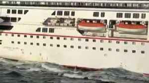 Two Cruise Ships Collide Into Each Other at Sea [Video]