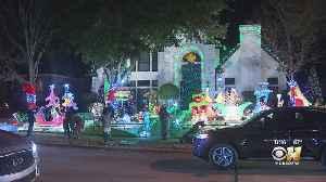Enjoying The Christmas Lights In Plano's Deerfield Neighborhood [Video]