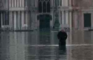 Venice swamped by high tide on Christmas Eve [Video]
