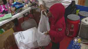 Chicago Police Step In To Save Toy Drive [Video]