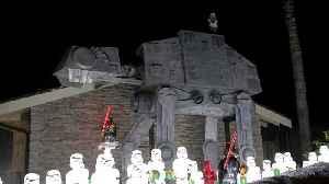 Star Wars Wonderland Created on Man's Front Lawn [Video]