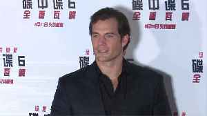 Henry Cavill turned to gaming to escape the public eye [Video]