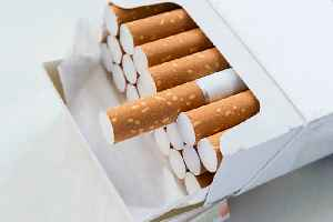 News video: US Raises Tobacco Buying Age to 21