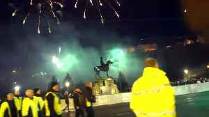 Edinburgh Fireworks Display on New Year's Eve [Video]