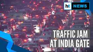 News video: Delhi: New Year fest, CAA protest at India Gate cause massive traffic jam