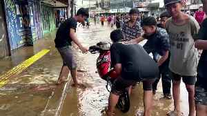 Tens of thousands caught in deadly Indonesian floods [Video]