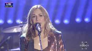 Sheryl Crow Performs 'Tell Me When It's Over' and 'All I Wanna Do' Live on New Year's Eve [Video]