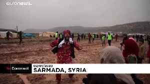 Displaced Syrians enjoy a game of football in jihadist-run region [Video]