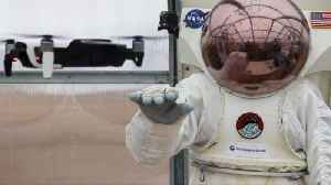 NASA's Testing an 'Astronaut Smart Glove' for Moon and Mars Missions [Video]