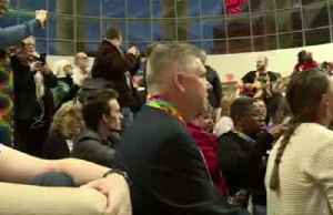 Methodist church plans to split over gay marriage, clergy -officials [Video]