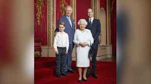 News video: The Queen and Her Heirs Welcome the New Decade With a Family Portrait