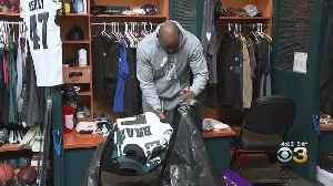 Eagles Clean Out Lockers After Heartbreaking Playoff Loss To Seahawks [Video]