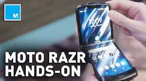 Hands on with the foldable Motorola razr [Video]